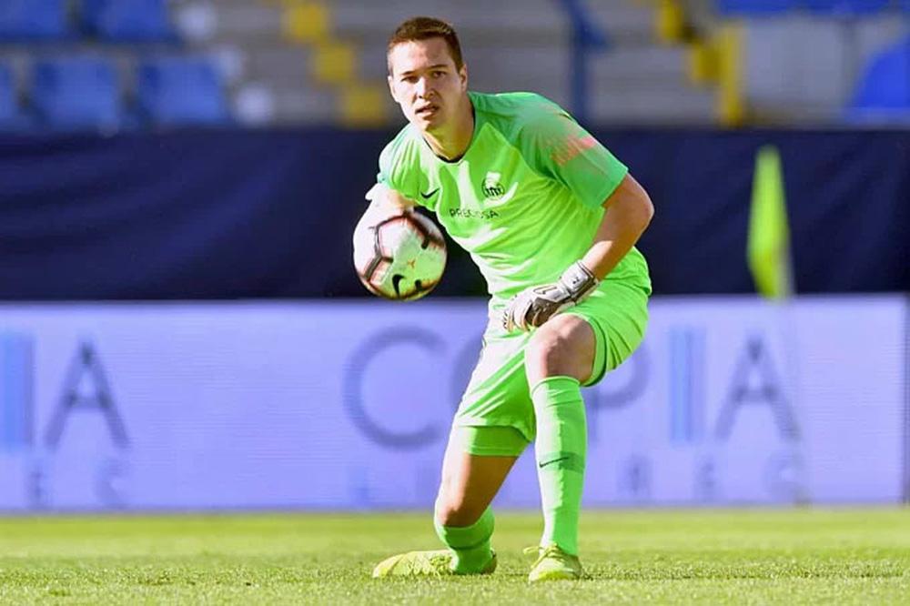 Ngay cả khi không thể thi đấu cho đội tuyển Việt Nam thì Filip Nguyễn cũng khao khát nhập tịch về quê cha, đất tổ.