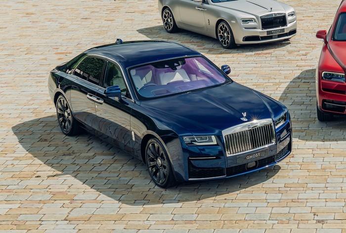 ChiếcRolls-Royce Ghost trong bộ sưu tập có màu sơnSubmariner Blue độc đáo