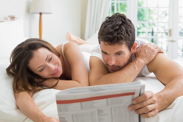 Quan hệ một vợ, một chồng là cách sống an toàn trong đại dịch COVID-19.