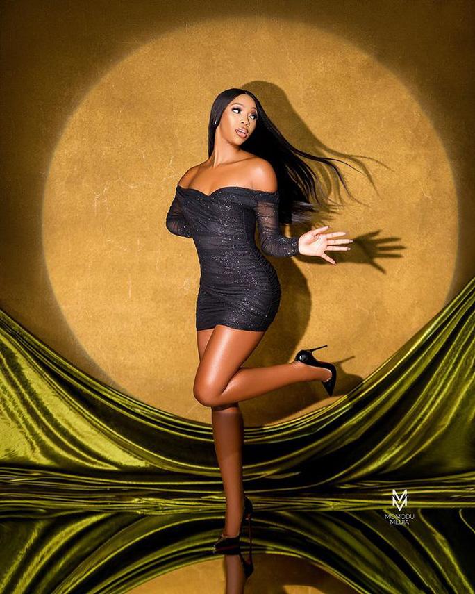 Oluchi Madubuike còn là một người mẫu