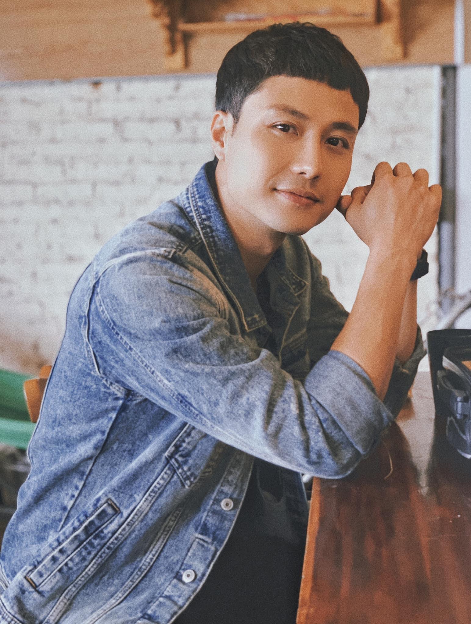 Diễn viên Thanh Sơn đăng ảnh điển trai khiến fan hết lòng khen ngợi.