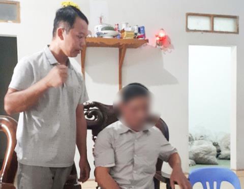 Ông Vũ Trọng Hải (ảnh trái)