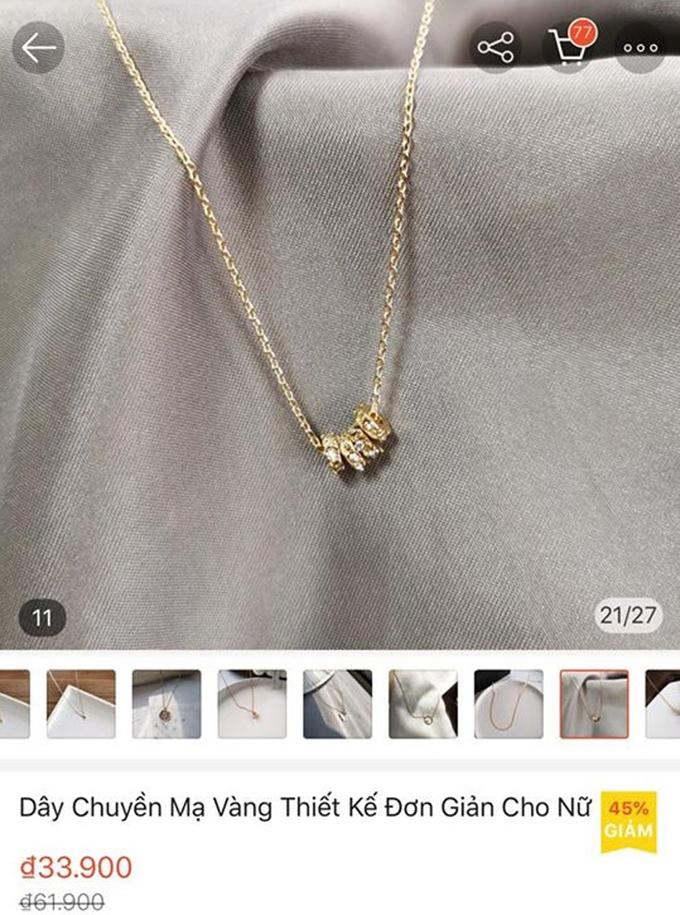 Trước đó, một cô gái khác cũng than vãn về việc người yêu tặng dây chuyền mạ vàng