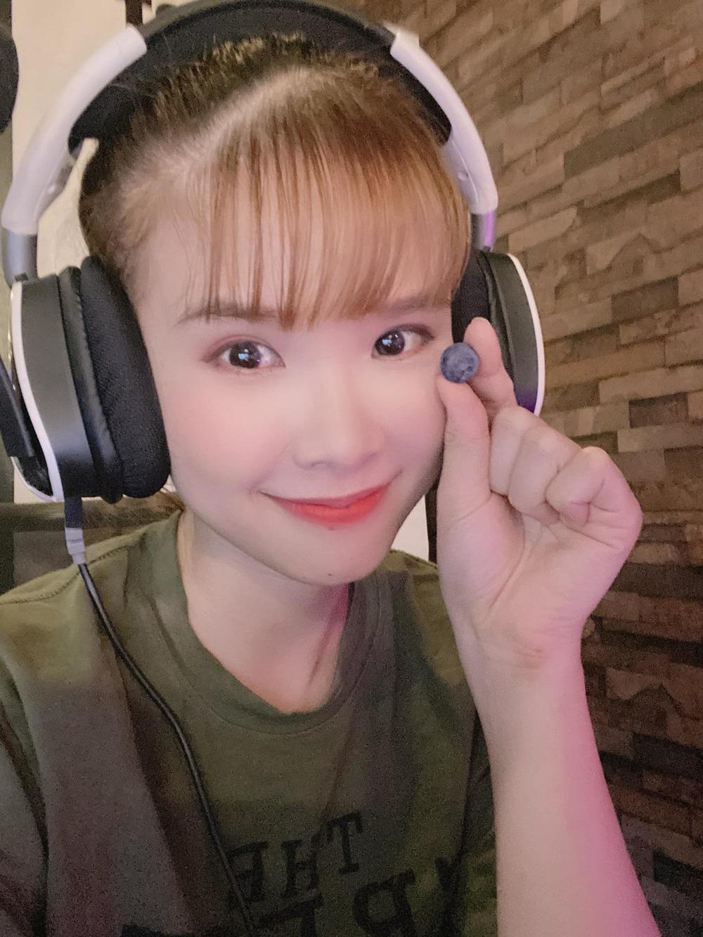 Cách ca sĩ Việt phản ứng khi bị chê hết thời: Hà Hồ, Bảo Thy không quan tâm, Khởi My đáp trả cực gắt 5