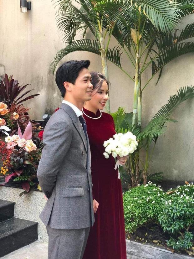 Phong cách của Viên Minh trong lễ ăn hỏi trước đó không lâu