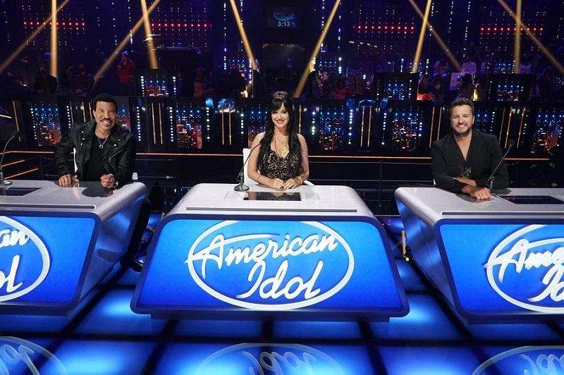 Trong thời điểm đại dịch, American Idol gặp nhiều khó khăn khi ghi hình.