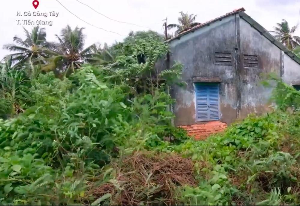Lan truyền hình ảnh nhà Hồ Văn Cường tại quê bị bỏ hoang: 'Mang tiếng ca sĩ nổi tiếng nhưng nhà không có gì để trộm' 3