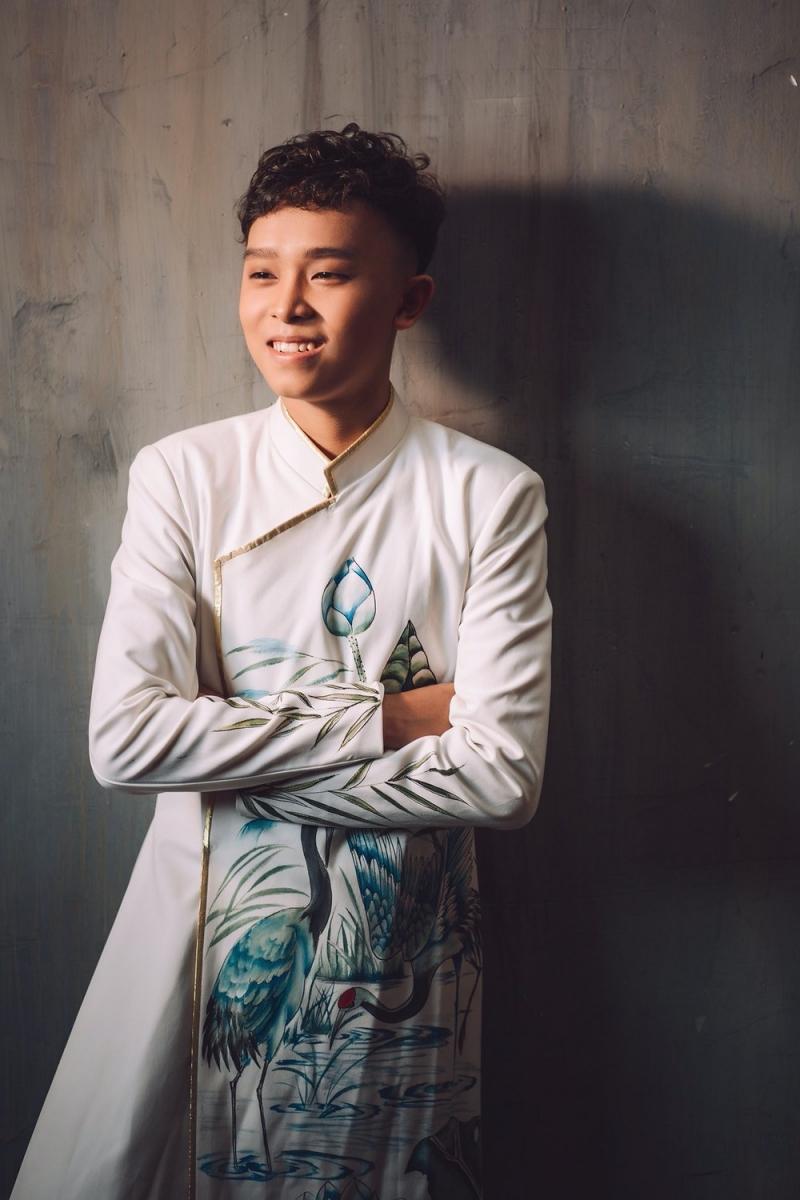 Hồ Văn Cường là ca sĩ nhí có tiếng.