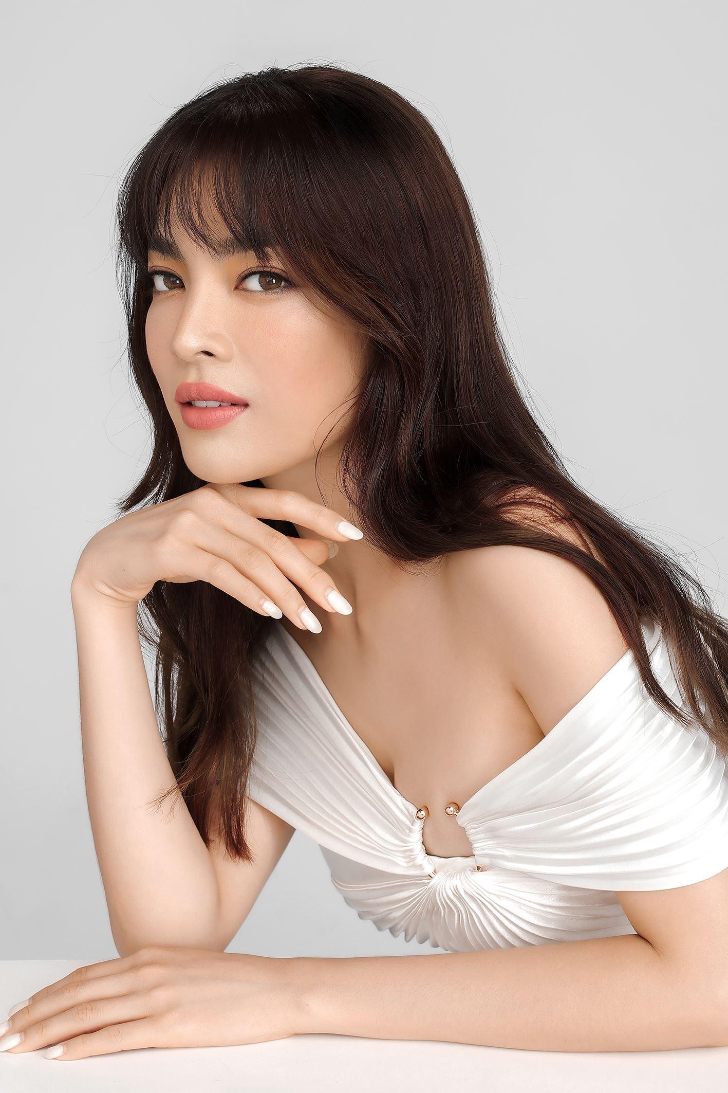 Cách trang điểm của Trân Đài khá giống Song Hye Kyo