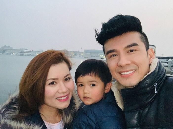 Năm 2013, Đan Trường và Thủy Tiên kết hôn và có một con chung là cậu con trai Thiên Từ.