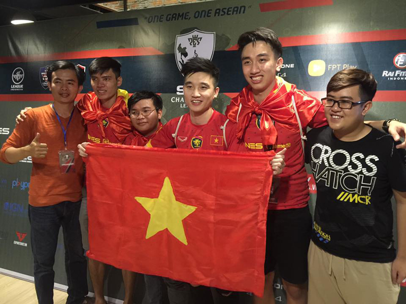 Siêu sao PES Quang Barca: Từng nghĩ đến việc giải nghệ để chăm lo cho gia đình 3