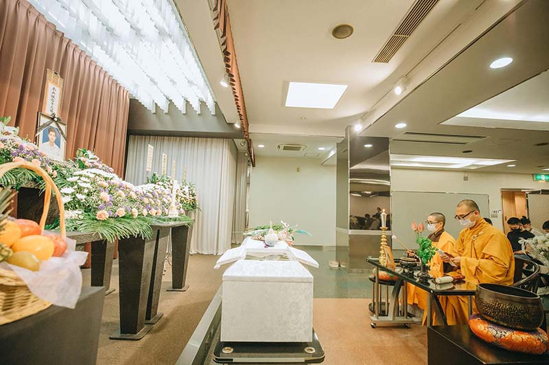 Nhiều người dự tang lễ, thắp nén nhang tiễn biệt thanh niên Việt tử vong thương tâm tại Nhật 0