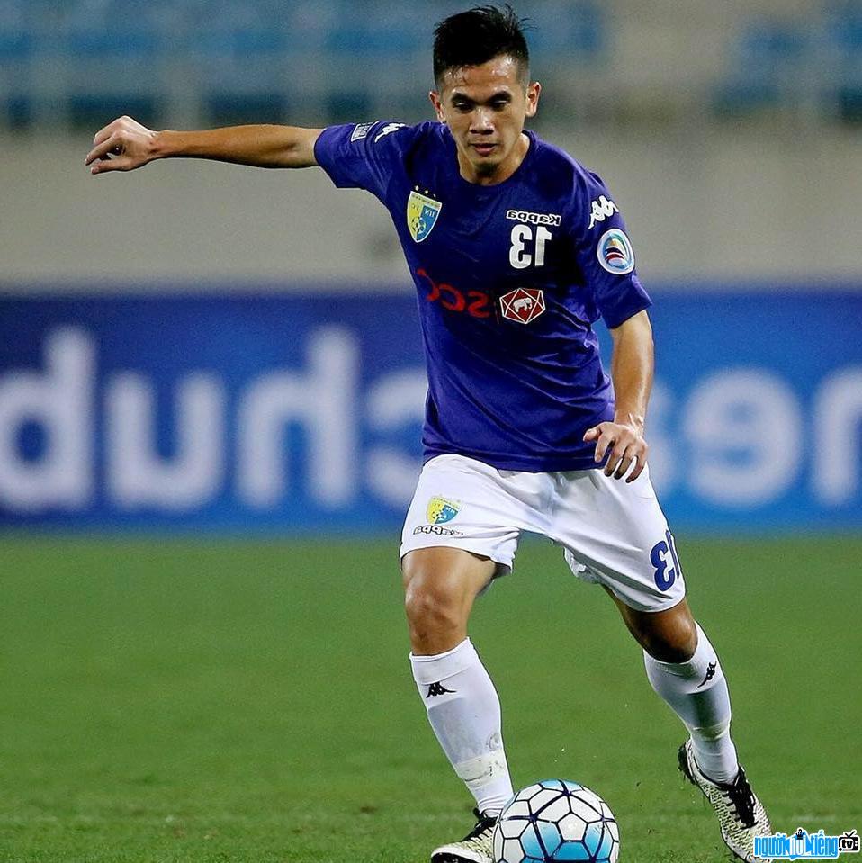 Hậu vệ vừa được HLV Park Hang-seo bổ sung vào danh sách thi đấu chính thức World Cup 2022 là ai? 1