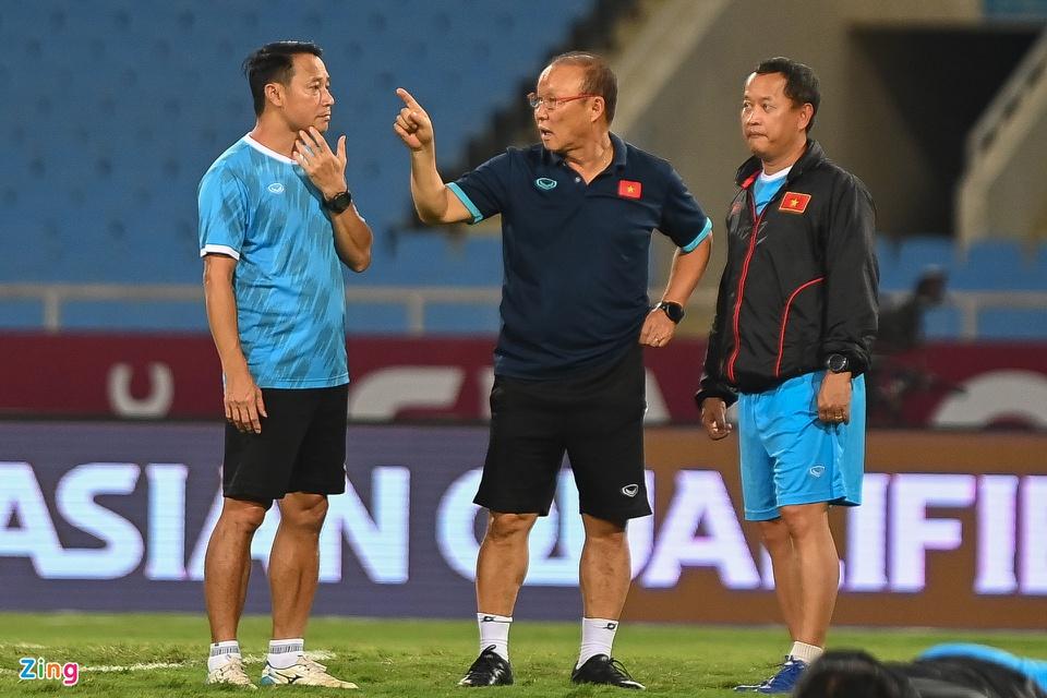 Đối đầu đội bóng mạnh top 5 châu Á, BHL đội tuyển Việt Nam đặt mục tiêu các cầu thủ giữ tinh thần thi đấu hết mình để đạt kết quả tốt nhất.