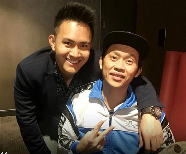 Danh hài Hoài Linh và con trai ruột