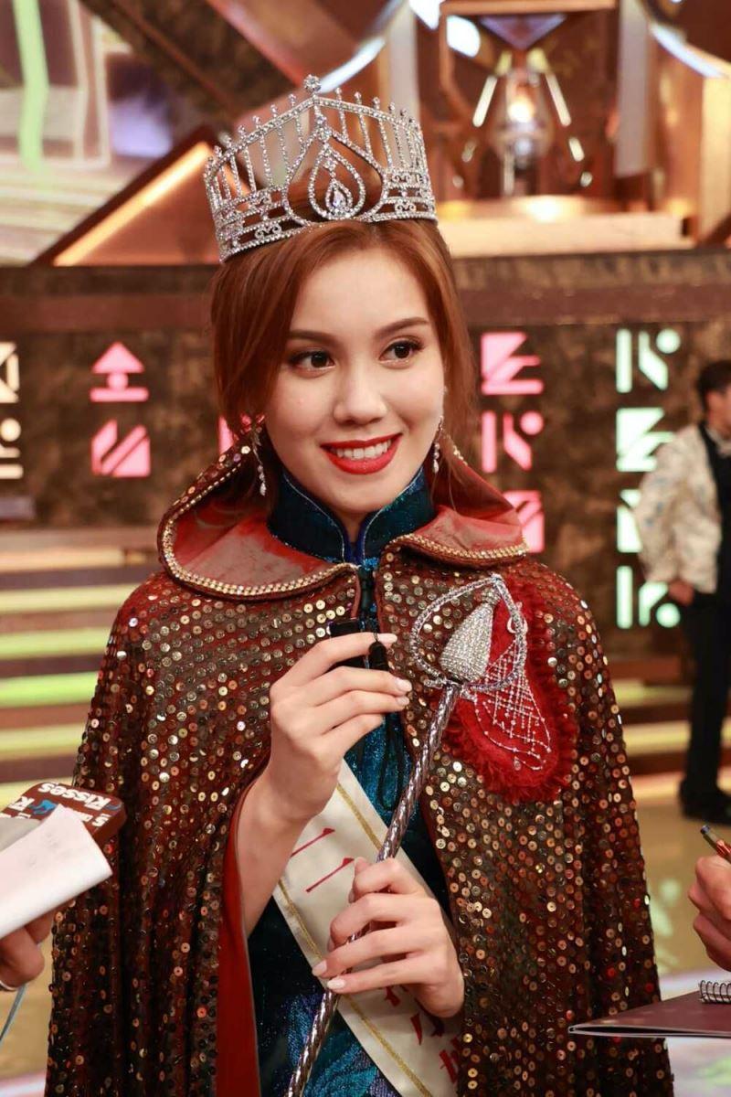Tống Uyển Dĩnh chia sẻ, đến với cuộc thi này, cô đã giảm mạnh 16kg chỉ trong vòng hơn 1 tháng.