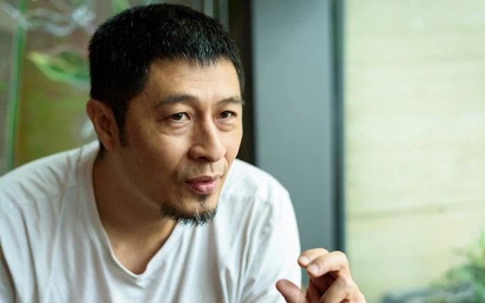 Đạo diễn Charlie Nguyễntừng có bộ phimBụi đời Chợ Lớnbị cấm phát hành.