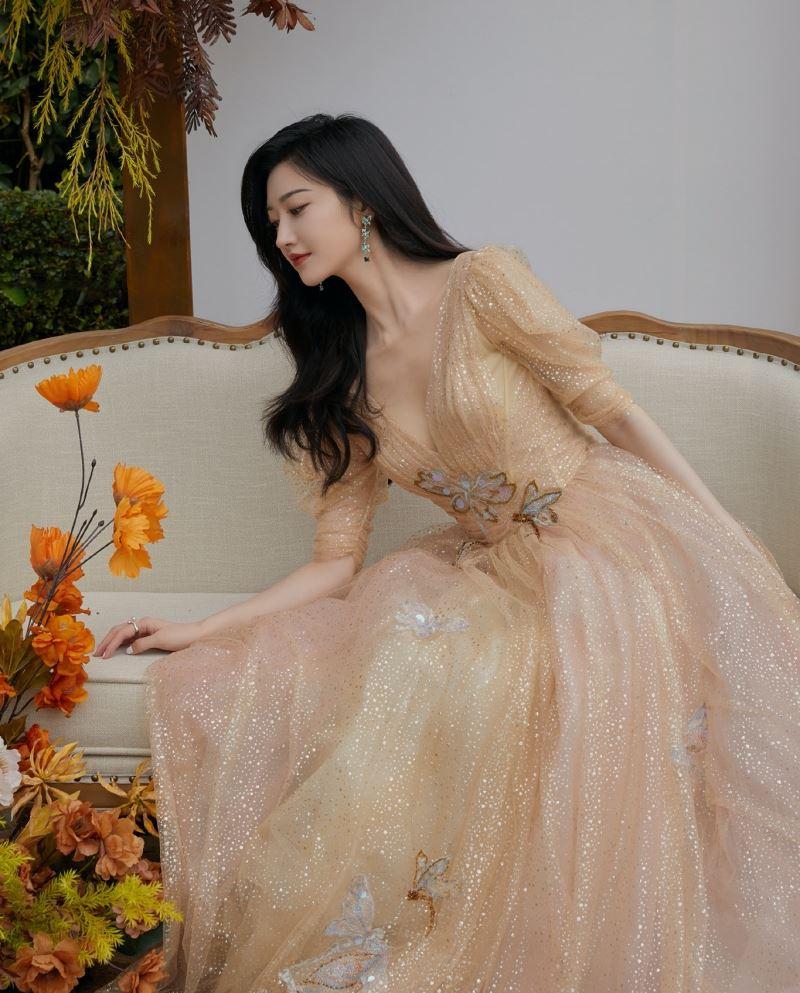 Về nhì trong cuộc thi đấu sắc đẹp không ai khác ngoài 'mỹ nữ Bắc Kinh' Cảnh Điềm.