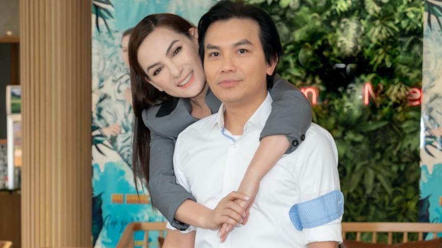 Phi Nhung và Mạnh Quỳnh là 'người tình sân khấu' và cũng là tri kỷ suốt 20 năm qua.