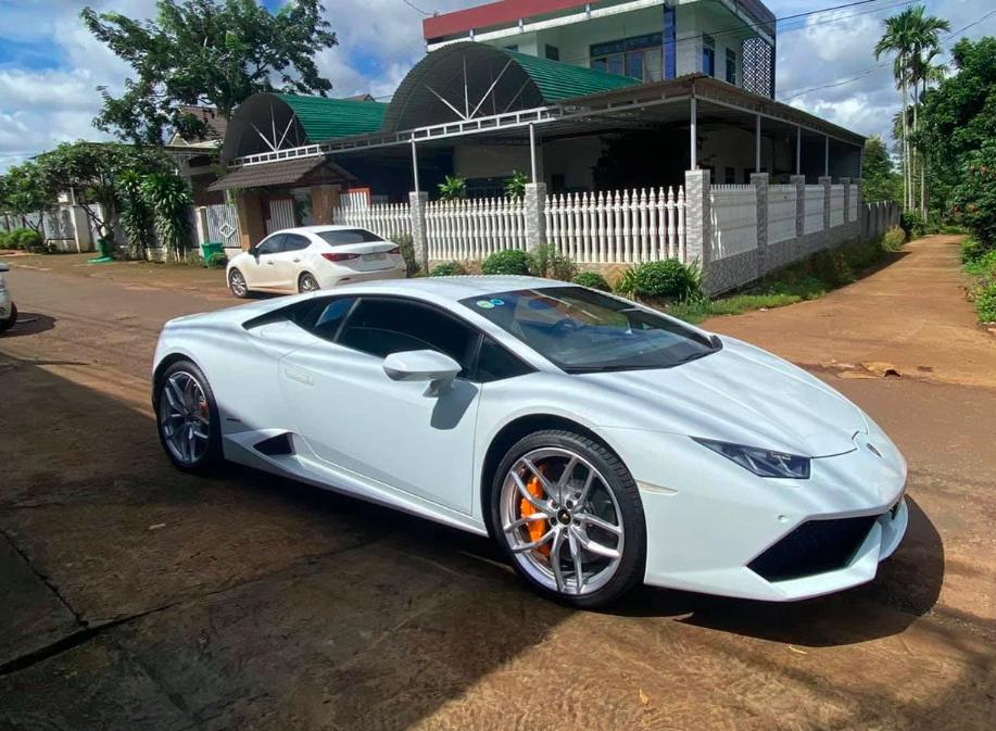 Chủ nhân của siêu xe 13 tỷ đồng này là thanh niên 23 tuổi - Ảnh: Autopro