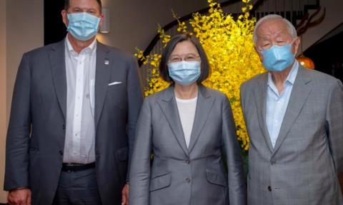 Máy bay Trung Quốc ồ ạt xuất kích 'dằn mặt' Mỹ và  Đài Loan