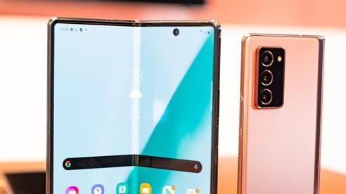 Galaxy Z Fold2 đang tạo nên cơn sốt 'săn máy' đầy kịch tính trong làng công nghệ