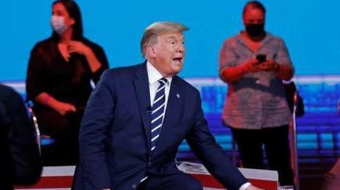 Bầu cử Mỹ 2020: Hai đối thủ bắt đầu 'so găng' trên truyền hình, ông Trump chấp nhận chuyển giao quyền lực 'nếu thất bại'