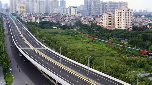Đường Phạm Văn Đồng chính thức thông xe, BĐS Tây Hồ Tây không ngừng tăng giá trị