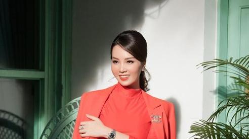 Á hậu Thụy Vân: Không có chuyện ly hôn, vợ chồng tôi đang rất hạnh phúc!
