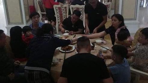 Chủ khách sạn hạng sang ở Hà Tĩnh dành tất cả các phòng cho người dân chạy lũ sinh hoạt