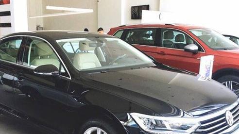 Nhiều mẫu ô tô được tặng phí trước bạ, khách lời cả trăm triệu