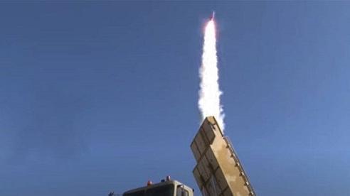 Iran trình diễn tên lửa có thể phát hiện đồng thời 300 mục tiêu
