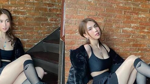 Ngọc Trinh mặc váy siêu ngắn, úp mở cặp giò trắng nõn vượt xa idol Hàn