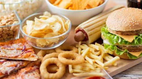 Các loại thực phẩm gây ung thư bạn nên tránh xa