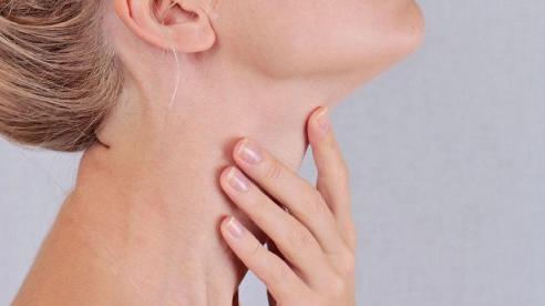 3 dấu hiệu bất thường cảnh báo ung thư tuyến giáp