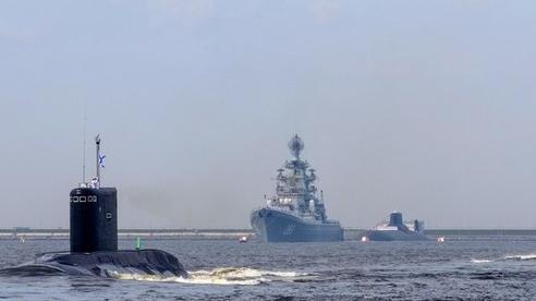 Tình hình Syria: Đội tàu chiến Nga đang tiến về quân cảng ở Syria