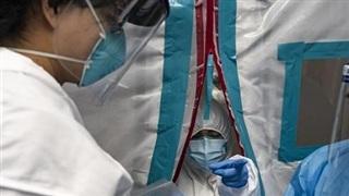 Số người nhập viện do Covid-19 tại Mỹ cao kỷ lục
