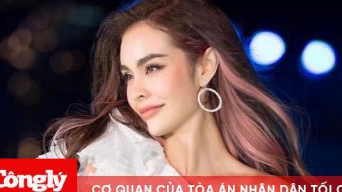 MLee xuất hiện đầy quyến rũ, tự tin catwalk cùng dàn thí sinh của Hoa hậu Việt Nam 2020