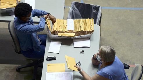 Mỹ: Phát hiện 126 chiếc vali chứa phiếu bầu chưa kiểm đếm tại quần đảo Puerto Rico