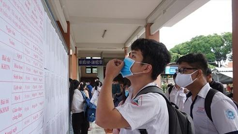 Gần 170.000 học sinh, sinh viên TP Hồ Chí Minh nghỉ học vì có liên quan đến các ca bệnh COVID-19