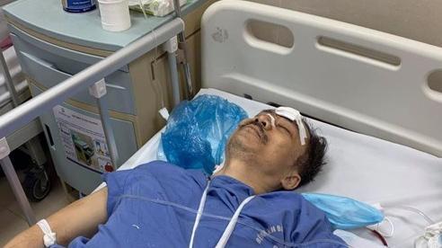 Người đàn ông rơi từ thang máy chung cư tầng 2 xuống đất đang hôn mê, tay chân bị gãy