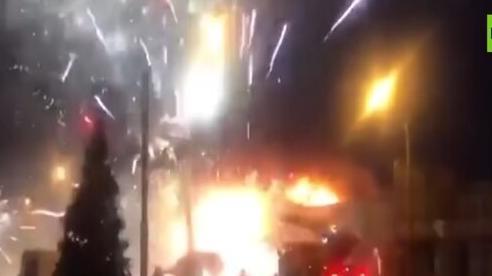 Cháy kho pháo hoa, cả thành phố Nga sáng rực trời