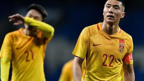 'Kéo bóng đá Trung Quốc lùi lại 10 năm' vì quy định sốc, 'sếp lớn' khẳng định mình không sai