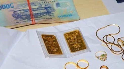 Một nông dân Bình Định trình báo bị mất trộm tiền, vàng trị giá 600 triệu đồng