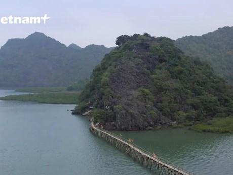 [Video] Đảo Cát Bà: Viên ngọc xanh huyền bí giữa lòng vịnh Lan Hạ