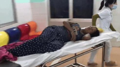 Gia đình 3 người bị bắn khi đang ăn cơm: Cả đêm chờ người đưa đi cấp cứu