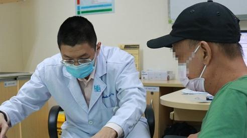 Nhiễm trùng phần mềm, hoại tử một phần da chân phải do chăm sóc vết thương sai cách