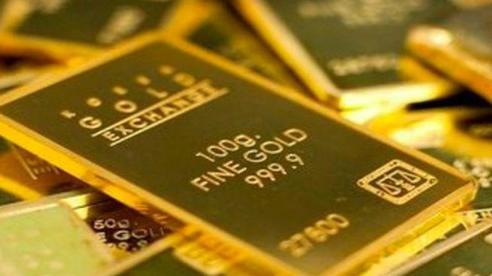 Giá vàng 'thách thức' ngưỡng 1.900 USD/ounce