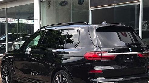 BMW X7 M Sport chính hãng về Việt Nam, giá rẻ giật mình