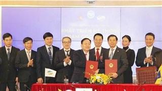 Viettel và VinGroup hợp tác phát triển trạm phát sóng 5G